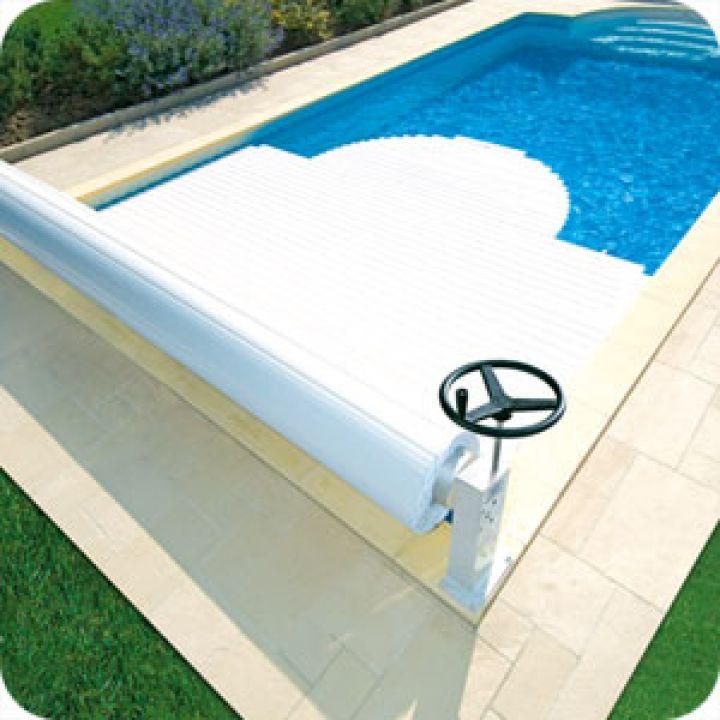 Volet manuel MANU hors sol pour piscine - abri blue