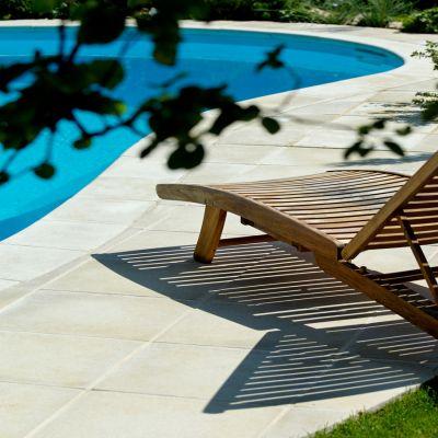 Margelle piscine Sahara - pierre reconstituée