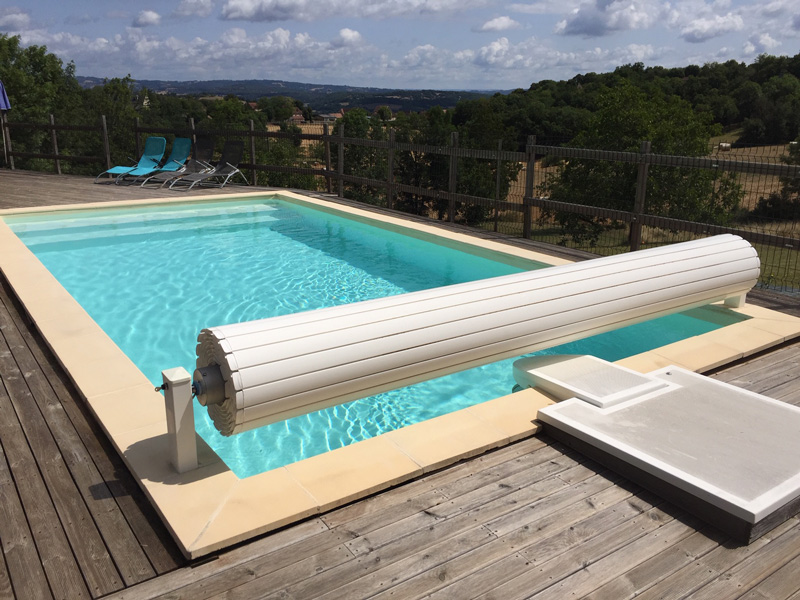 piscine-avec-bloc-ofiltre
