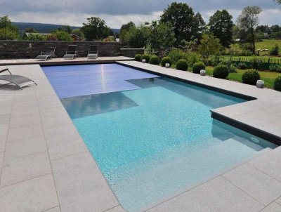 photo-liner-piscine-gris-clair