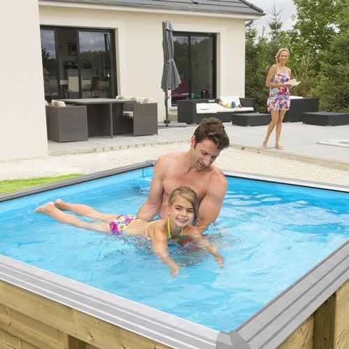 piscine-bois-pour-enfants-pistoche-procopi-photo