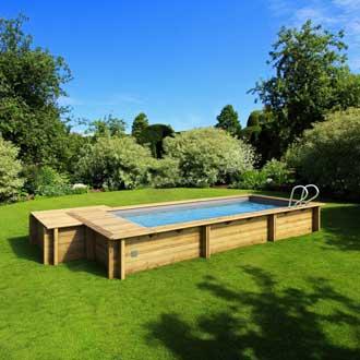 piscine-bois-urbaine-rectangulaire-semi-enterree-bwt