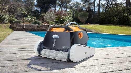 Robot-piscine-Dolphin-E30--photo
